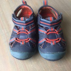 Baby Riff Navy/Orange Size: 4W sneaker / sandals